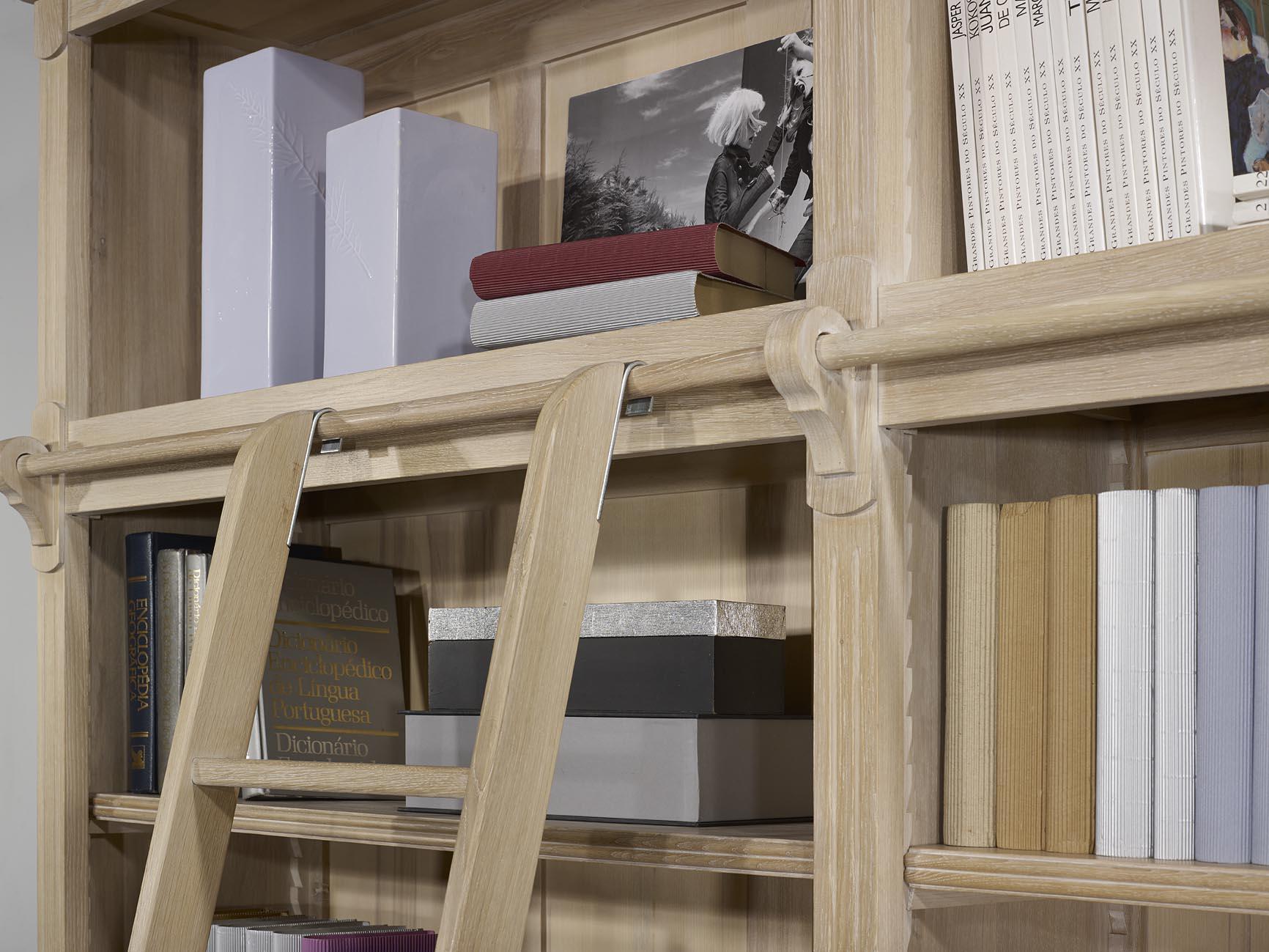 meuble en chne bibliothque 2 corps 4 portes ralise en chne massif de style directoire avec echelle. Black Bedroom Furniture Sets. Home Design Ideas